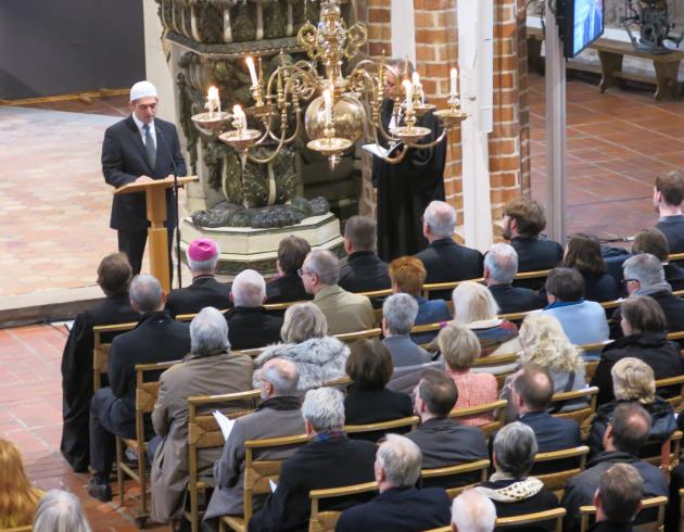 Osman Örs beim Gottesdienst zum Abschluss des Reformationsjubiläums